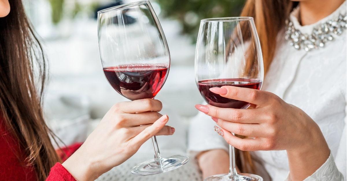 вино после работы несколько коктейлей гиалуроновой кислотой