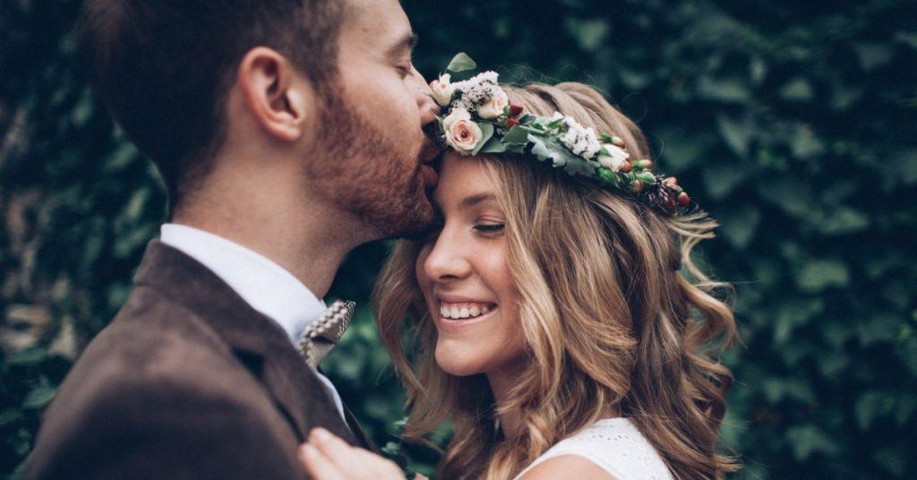 Советы по уходу за кожей для зимней свадьбы